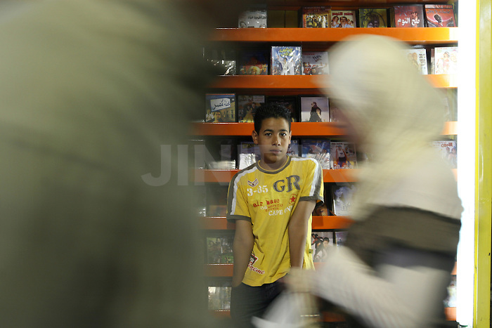Portrait of Mahmud, a 13 year-old Palestinian boy who works in one of the markets in east Jerusalem's old city. July 3, 2008. .Photo by : Tess Scheflan/ JINI