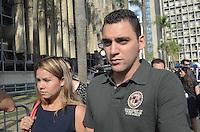 SANTO ANDRE, SP, 15 DE FEVEREIRO 2012 - JULGAMENTO LINDEMBERG ALVES - CASO ELOA - Ronikson Pimentel dos Santos, de 25 anos, chega ao Fórum de Santo André, no Grande ABC paulista, no terceiro e provável último dia do júri do caso Eloá. Ele é acusado pela morte da ex- namorada Eloá Cristina Pimentel, de 15 anos, em um conjunto habitacional de Santo André, em outubro de 2008. (FOTO: ADRIANO LIMA - BRAZIL PHOTO PRESS).