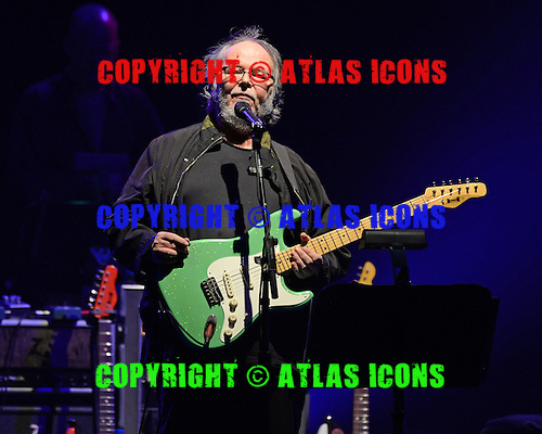 WEST PALM BEACH, FL - JUNE 29: Walter Becker of Steely Dan performs at The Perfect Vodka Amphitheater on June 29, 2016 in West Palm Beach Florida. Credit Larry Marano © 2016