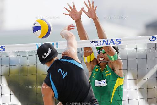Yoshiumi Hasegawa, MAY 6, 2012 - Beach Volleyball : JBV Tour 2012 Sports Club NAS Open Men's final at Odaiba Beach, Tokyo, Japan. (Photo by Yusuke Nakanishi/AFLO SPORT) [1090]