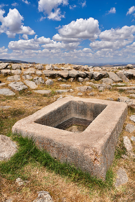 Water storage vessel of Temple I, Hattusa (also Ḫattuša or Hattusas) late Anatolian Bronze Age capital of the Hittite Empire. Hittite archaeological site and ruins, Boğazkale, Turkey.