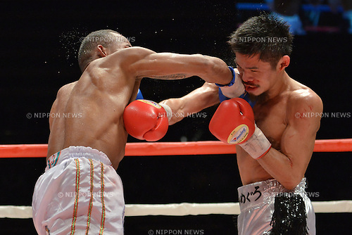 (L-R) Liborio Solis (VEN), Kohei Kono (JPN),<br /> MAY 6, 2013 - Boxing :<br /> Liborio Solis of Venezuela and Kohei Kono of Japan hit each other at the same time in the eighth round during the WBA super flyweight title bout at Ota-City General Gymnasium in Tokyo, Japan. (Photo by Hiroaki Yamaguchi/AFLO)