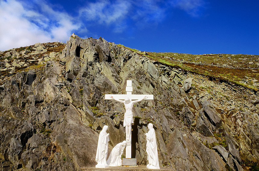 Roadside shrine along the Dingle peninsula.