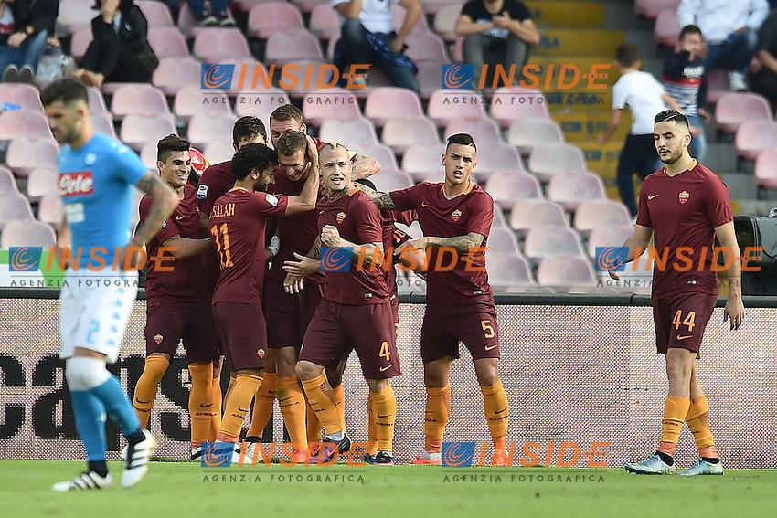 Esultanza Gol Edin Dzeko Roma 0-2 Goal celebration <br /> Napoli 15-10-2016  Stadio San Paolo <br /> Football Calcio Campionato Serie A Napoli - AS Roma <br /> Foto Andrea Staccioli / Insidefoto