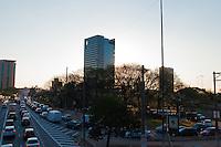 SÃO PAULO-SP-01,09,2014-TRÂNSITO/AVENIDA REBOUÇAS - O motorista encontra lentidão Avenida Rebouças sentido bairro. Região Oeste da cidade de São Paulo,na tarde dessa segunda-feira,01(Foto:Kevin David/Brazil Photo Press)
