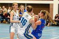 HAREN - Basketbal, Martini Sparks - Den Helder, Basketbal League vrouwen, seizoen 2018-2019, 08-11-2018,  Martini Sparks speelster Kirsten Simpson en Martini Sparks speelster Asa Kantebeen