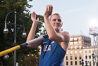 "US pole vaulter Sam Kendricks claps his hands before his last attempt at the German Athletics Association (DLV) international competition ""Berlin fliegt"" in Berlin, Germany, 2 September 2017. Photo: Annegret Hilse/dpa /MediaPunch ***FOR USA ONLY***"