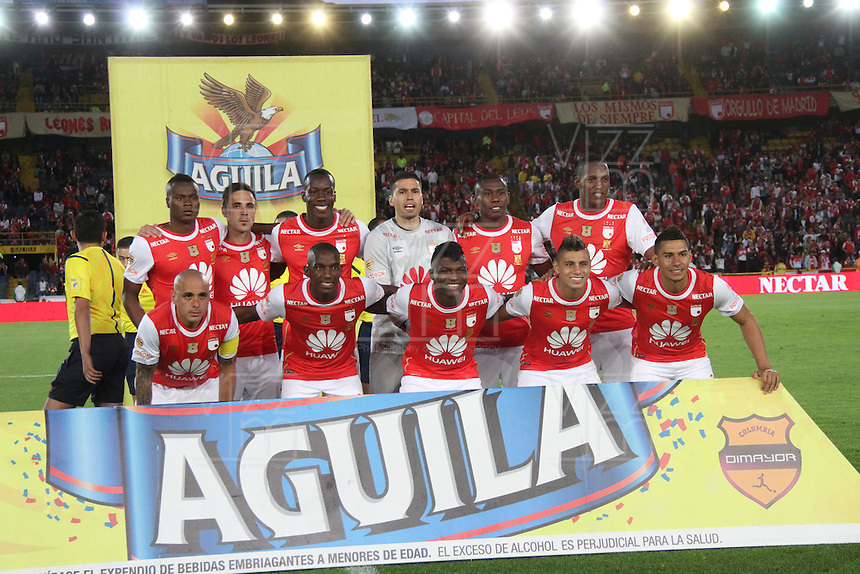 BOGOTÁ -COLOMBIA-28-MAYO-2016.Formación  de Santa Fe   contra el Once Caldas  durante partido por la fecha 20 de Liga Águila I 2016 jugado en el estadio Nemesio Camacho El Campin de Bogotá./ team of Santa Fe  against of Once Caldas  during the match for the date 20 of the Aguila League I 2016 played at Nemesio Camacho El Campin stadium in Bogota. Photo: VizzorImage / Felipe Caicedo / Staff