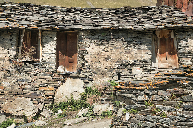 Using the natural surroundings, the original settlers in the Ushguli Tower Villages used slate rock in their construction.