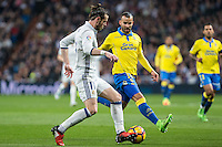 Garet Bale of Real Madrid competes for the ball with Jese Rodriguez of UD Las Palmas  during the match of Spanish La Liga between Real Madrid and UD Las Palmas at  Santiago Bernabeu Stadium in Madrid, Spain. March 01, 2017. (ALTERPHOTOS / Rodrigo Jimenez) /NORTEPHOTOmex