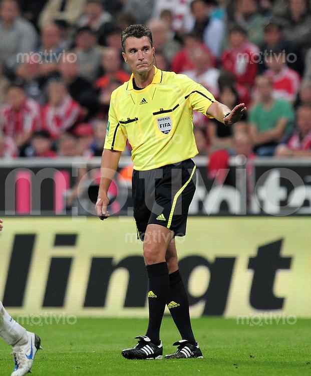 Fussball 1. Bundesliga :  Saison   2010/2011   3. Spieltag  11.09.2010 FC Bayern Muenchen - SV Werder Bremen Schiri Knut Kircher