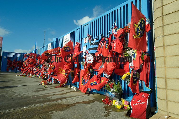 The entrance gates to Thomond Park in Limerick are covered with tributes from fans to Munster and Ireland's Anthony Foley following his passing in France on Sunday. Photograph by John Kelly.