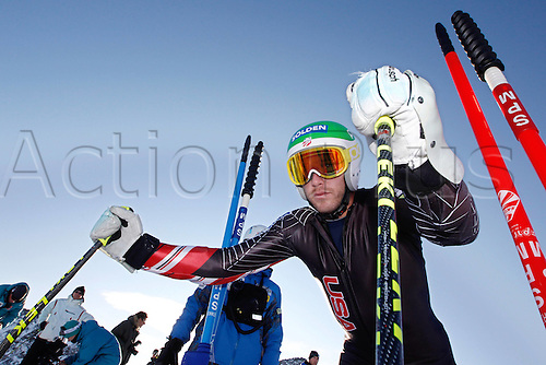 14.10.2011 Soelden Austria. U.S. Ski team men Training Soelden Austria U.S. Ski team Training the men Picture shows Bode Miller USA Mandatory credit: ActionPlus