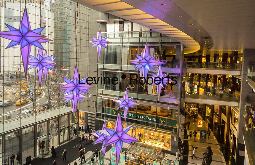 Christmas decorations in the Time Warner Center in New York on Sunday, December 18, 2016. (© Richard B. Levine)