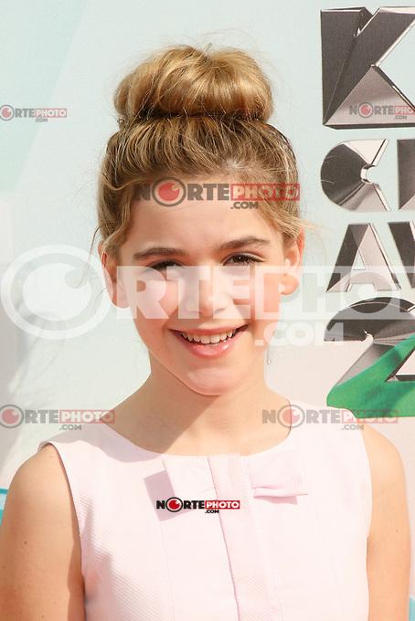 Kiernan Shipka at Nickelodeon's 25th Annual Kids' Choice Awards at The Galen Center on March 31, 2012 in Los Angeles, California. &copy; mpi26/MediaPunch Inc. /NortePhoto<br /> <br />  **CREDITO*OBLIGATORIO** *No*Venta*A*Terceros*<br /> *No*Sale*So*third* ***No*Se*Permite*Hacer Archivo***No*Sale*So*third*