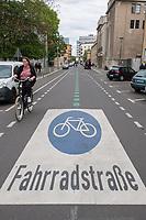 2020/04/25 Berlin   Verkehr   Fahrradstrasse