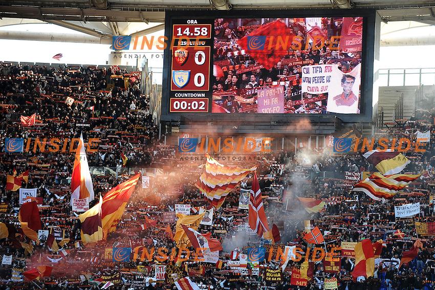 Tifosi Roma.As Roma fans.Roma 08/01/2012 Stadio Olimpico.Serie A 2011/2012 Football Calcio .Roma Vs Chievo Verona.Foto Insidefoto Andrea Staccioli