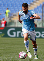 Calcio, Serie A: Lazio vs Roma. Roma, stadio Olimpico, 3 aprile 2016.<br /> Lazio's Antonio Candreva in action during the Italian Serie A football match between Lazio and Roma at Rome's Olympic stadium, 3 April 2016.<br /> UPDATE IMAGES PRESS/Riccardo De Luca