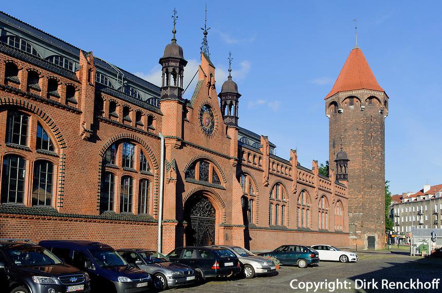 Jacek-Turm (Baszta Jacek) und Markthalle (Hala Targowa) in Danzig (Gdansk), Woiwodschaft Pommern (Wojew&oacute;dztwo pomorskie), Polen, Europa<br /> Covered market and Jacektower in Gdansk, Poland, Europe