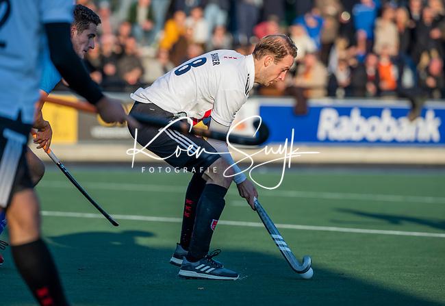 UTRECHT - Billy Bakker (Adam) tijdens de hoofdklasse hockeywedstrijd mannen, Kampong-Amsterdam (4-3).  COPYRIGHT KOEN SUYK