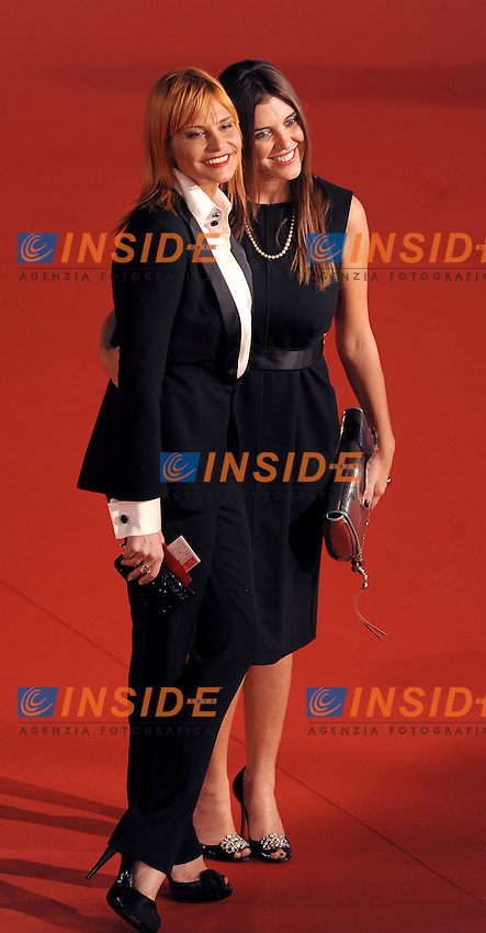 Simona Ventura and Gisella Marengo attends the Marc'Aurelio acting award red carpet during the 3rd Rome International film Festival held at the Auditorium Parco della Musica on October 22, 2008 in Rome Italy.<br /> Foto Andrea Staccioli Insidefoto