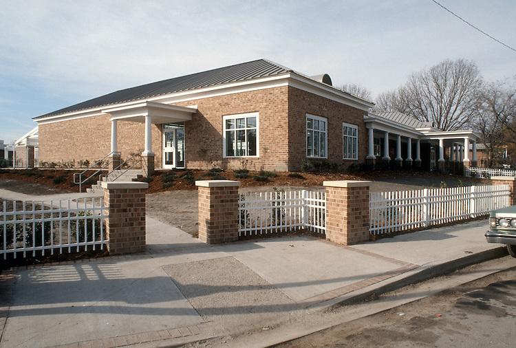 1998 December 04..Assisted Housing..Calvert Square...COMMUNITY CENTER .COMPLETE...NEG#.NRHA#..