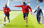 Gregg Wylde laughing as he outsprints Kyle Lafferty with ease