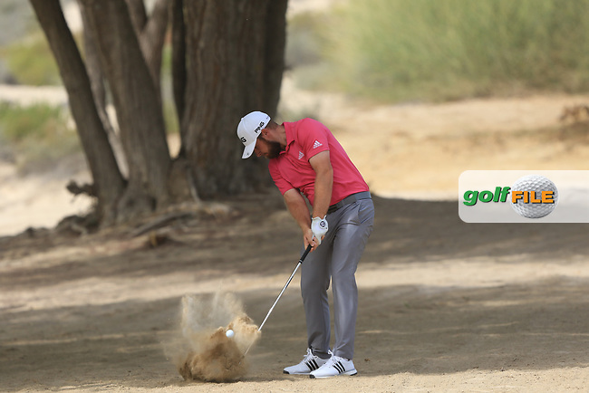 Tyrrell Hatton (ENG) in the rough on the 3rd during Round 2 of the Omega Dubai Desert Classic, Emirates Golf Club, Dubai,  United Arab Emirates. 25/01/2019<br /> Picture: Golffile | Thos Caffrey<br /> <br /> <br /> All photo usage must carry mandatory copyright credit (&copy; Golffile | Thos Caffrey)