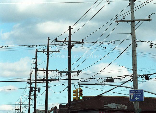 Wires. Belle Harbor, the Rockaways, New York. 12 November 2001.