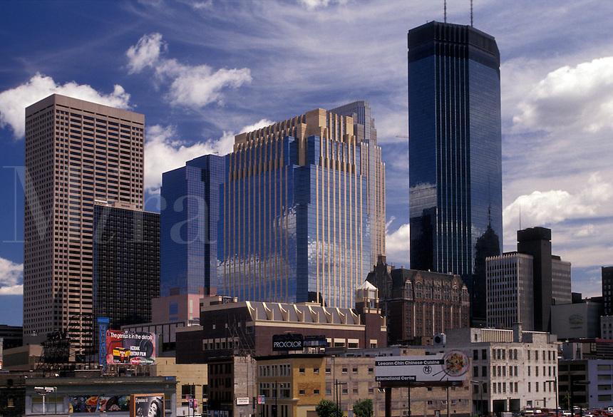 AJ2852, Minneapolis, skyline, Twin Cities, Minnesota, Downtown skyline of Minneapolis in the state of Minnesota.