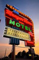 RD-Munger Moss Motel & Lebanon, Missouri