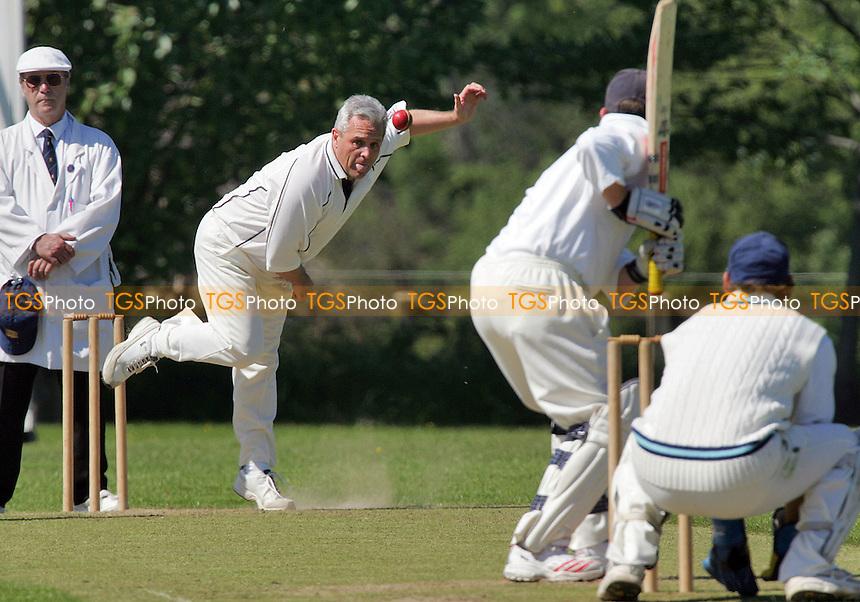 Horndon-on-the-Hill CC vs Billericay CC - Shepherd Neame Essex League Division Two - 03/06/06 - (Gavin Ellis 2006)