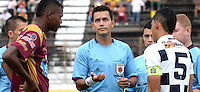 IBAGUE -COLOMBIA, 31-ENERO-2015. Nicolas Gallo  arbitro durante el encuentro entre Deportes Tolima  y Chico FC por la fecha 1 de la Liga çguila I 2015 jugado en el estadio Manuel Murillo Toro de la ciudad de Ibague./ Nicolas Gallo  during the match between Deportes Tolima and Chico FC for the first date of the Aguila League I 2015 played at Mnauel Murillo Toro  stadium in Inague city<br /> . Photo / VizzorImage /  Juan Carlos Escobar / Stringer