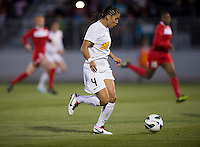 Samantha Kerr (4) of the Western NY Flash brings the ball forward during the game at the Maryland SoccerPlex in Boyds, MD.  Washington tied Western NY, 1-1.