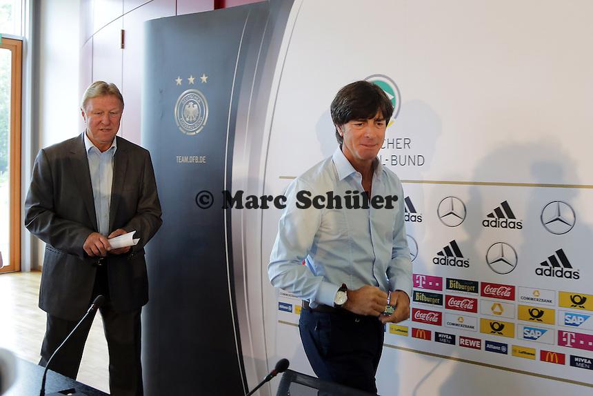 Bundestrainer Joachim Loew und U21 Nationaltrainer Horst Hrubesch - DFB Pressekonferenz zur Nominierung fuer die Laenderspiele