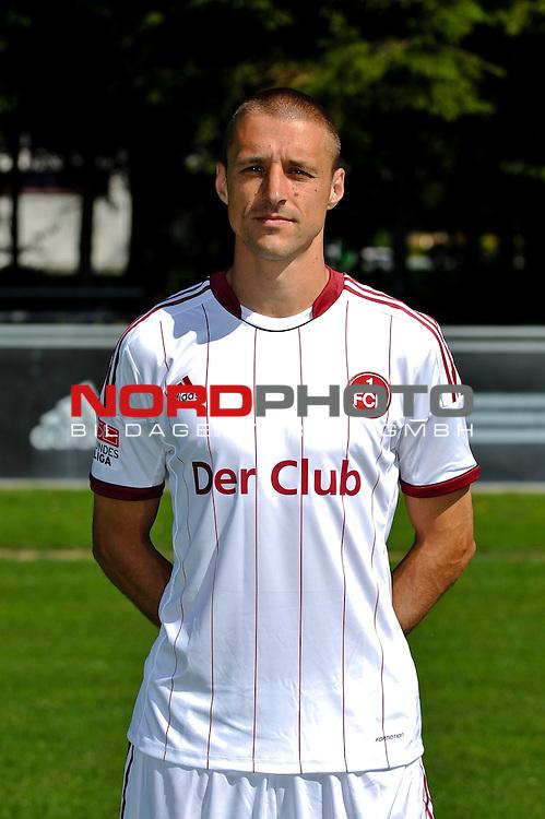 23.07.2012, Sportpark Valznerweiher, Nuernberg, GER, 1.FBL, Mannschaftsfoto, 1. FC Nuernberg, im Bild<br /> Timmy Simons (1.FC Nuernberg)<br /> <br /> Foto &copy; nph / Merz *** Local Caption ***
