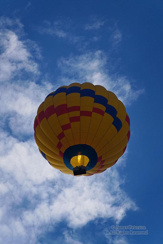 Balloon over Doe Mountain, near Sedona, Arizona