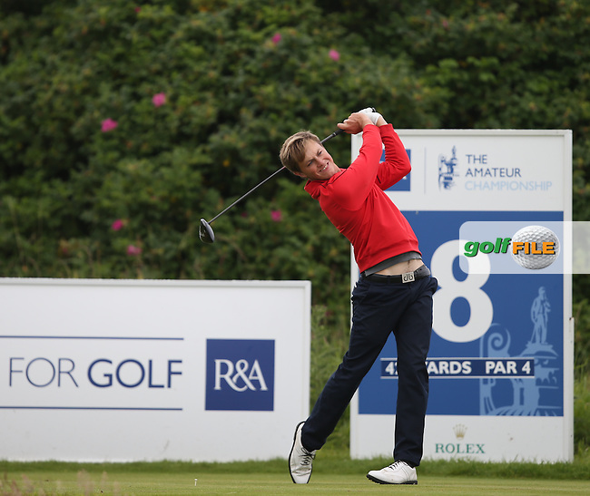Paul Howard (Southport & Ainsdale) takes a 3 shot lead against Zander Lombard (South Africa) on the front nine during the Quarter Finals at The Amateur Championship 2014 from Royal Portrush Golf Club, Portrush, Northern Ireland. Picture:  David Lloyd / www.golffile.ie