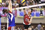 (R-L) Risa Shinnabe (JPN), Michaela Mlejnkova (CZE),<br /> AUGUST 18, 2013 - Volleyball :<br /> 2013 FIVB World Grand Prix, Preliminary Round Week 3 Pool M match Japan 3-2 Czech Republic at Sendai Gymnasium in Sendai, Miyagi, Japan. (Photo by Ryu Makino/AFLO)