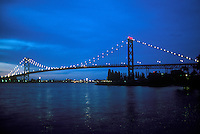 The International Ambassador Bridge on the Detroit River connection Detroit, Michigan and Windsor, Ontario
