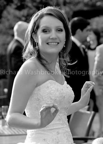 Wedding - Sophie and Simon  23rd July 2011..© Washbrooke - Harpenden, Herts, England - Tel: +44 (0) 7991853325 - richard@washbrooke.com - www.richardwashbrooke.photoshelter.com