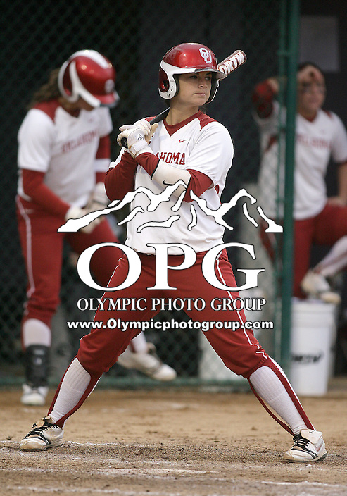28 May 2010:  Oklahoma catcher Lindsey Vandever sets up in the batters box against Washington.  Washington defeated Oklahoma 3-0 in the second game of the NCAA Super Regional at Husky Softball Stadium in Seattle, WA.