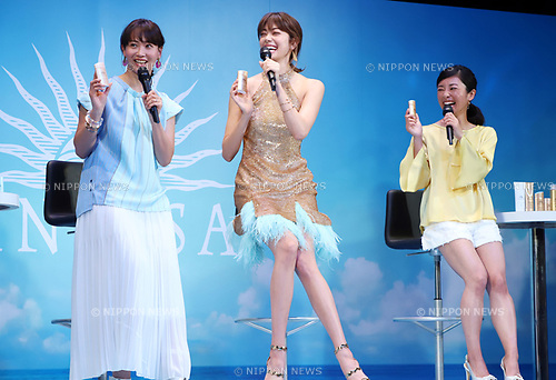 "February 20, 2018, Tokyo, Japan - (L-R) Japanese singer Miki Fujimoto, model Hikari Mori and female baseball player and manager Ayumi Kataoka pose for photo at a presentation of Japanese cosmetics giant Shiseido's sunblock cosmetics ""Anessa"" in Tokyo on Tuesday, February 20, 2018.    (Photo by Yoshio Tsunoda/AFLO) LWX -ytd-"