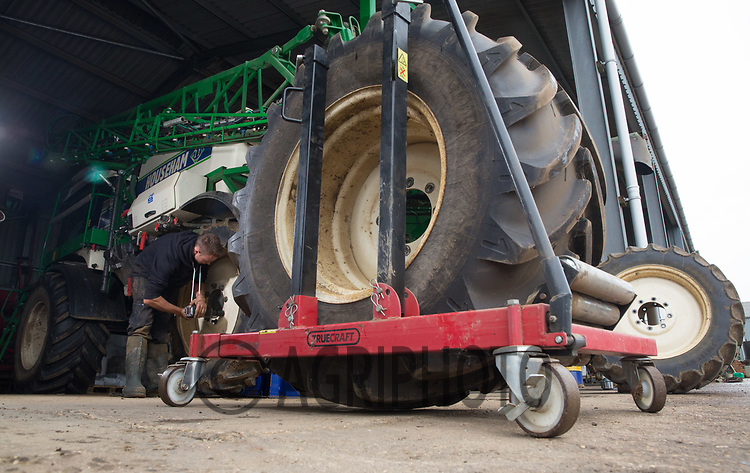 Safe removal of a sprayer's wheel in a farm workshop<br /> Picture Tim Scrivener 07850 303986<br /> &hellip;.covering agriculture in the UK&hellip;.