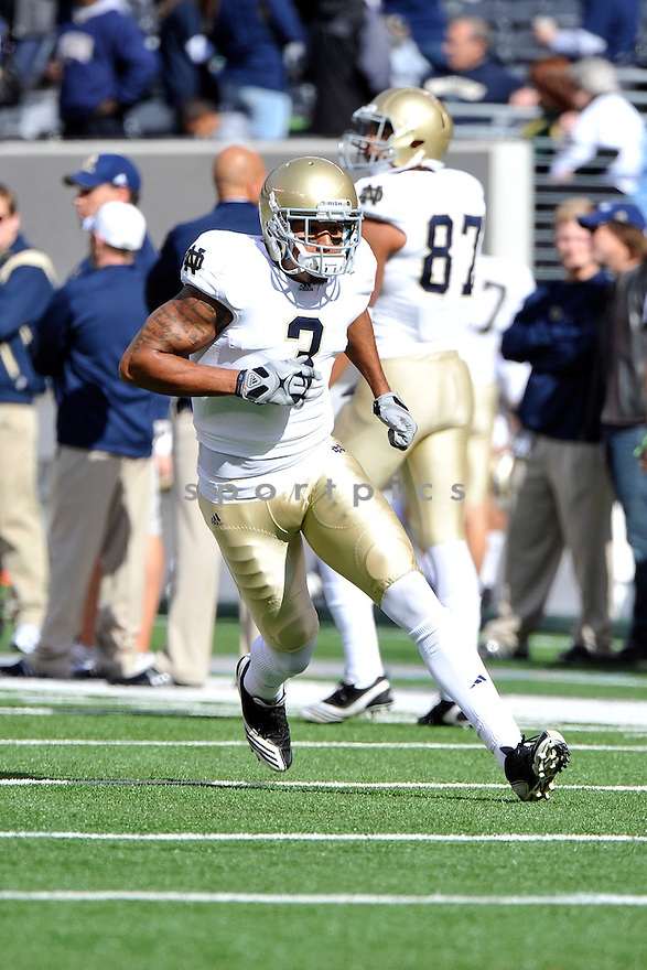 Oct 23, 2010; Notre Dame WR Michael Floyd (3) during  game against Navy.Navy won 35-17 at  The New Meadowlands Stadium East Rutherford, NJ. Mandatory Credit: Tomasso DeRosa
