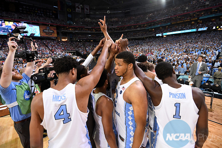 GLENDALE, AZ - APRIL 03: North Carolina Tar Heels players huddle up prior to  tip-off during the 2017 NCAA Men's Final Four National Championship game against the Gonzaga Bulldogs at University of Phoenix Stadium on April 3, 2017 in Glendale, Arizona.  (Photo by Jamie Schwaberow/NCAA Photos via Getty Images)