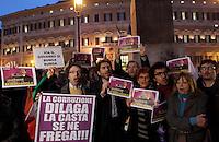 Sit-in indetto dal Popolo Viola davanti a Montecitorio, Roma, 8 novembre 2010, contro il Presidente del Consiglio Silvio Berlusconi..UPDATE IMAGES PRESS/Riccardo De Luca