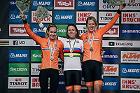 All dutch podium:<br /> - Annemiek van Vleuten (NED/Mitchelton-Scott) retains the rainbow jersey as she once again wins the race<br /> - Anna van der Breggen (NED/Boels-Dolmans) finishes 2nd<br /> - Ellen van Dijk (NED/Sunweb) is 3rd<br /> <br /> WOMEN ELITE INDIVIDUAL TIME TRIAL<br /> Hall-Wattens to Innsbruck: 27.8 km<br /> <br /> UCI 2018 Road World Championships<br /> Innsbruck - Tirol / Austria