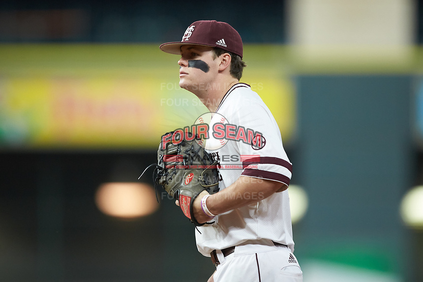 Mississippi State Bulldogs first baseman Tanner Allen (5) on defense against the Houston Cougars in game six of the 2018 Shriners Hospitals for Children College Classic at Minute Maid Park on March 3, 2018 in Houston, Texas. The Bulldogs defeated the Cougars 3-2 in 12 innings. (Brian Westerholt/Four Seam Images)