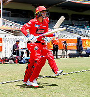 2nd November 2019; Western Australia Cricket Association Ground, Perth, Western Australia, Australia; Womens Big Bash League Cricket, Melbourne Renegades versus Sydney Sixers; Danielle Wyatt of the Melbourne Renegades makes her way to the crease with opening partner Sophie Molineux of the Melbourne Renegades - Editorial Use